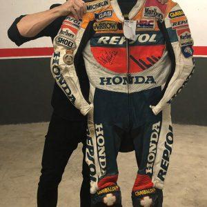 Sete Gibernau Signed 500cc repsol honda leathers race used motogp