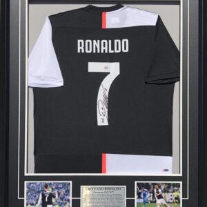 Cristian Ronaldo Signed Soccer Memorabilia Juventus F.C